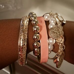 Gold, peach, and pearl bracelet
